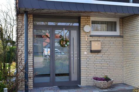 Haustueren Aluminium by Referenzen Haust 252 Ren In Osnabr 252 Ck Kunststoff Fenster