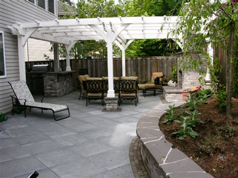 Backyard Makeovers Ideas by The Great Backyard Makeover Creative Garden Spaces