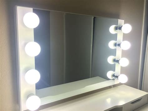 light mirror lighted makeup mirror the difference between led