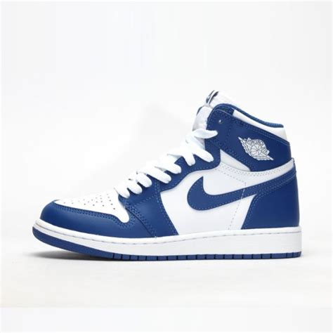 Sepatu Basket Nike A D Blank Space sepatu basket original sneakers original sepatu futsal original ncrsport