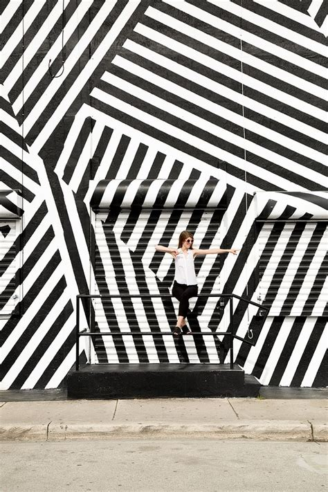 studiodiyinthewild wynwood walls black white graffiti