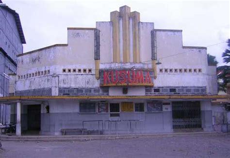 batmemento bioskop  kusuma jember komersialisme