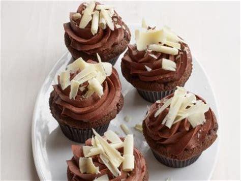 ina garten cupcakes chocolate ganache cupcakes recipe ina garten food network