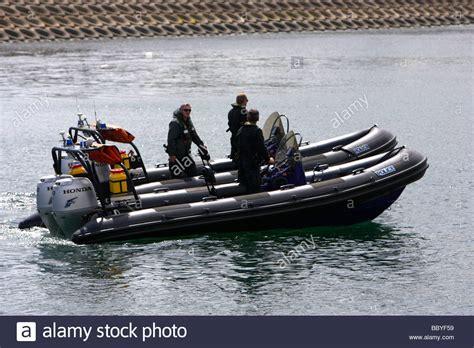 fast boat to ireland psni police service of northern ireland fast response