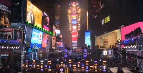 times square new years 2016 new year 2016 times square business newsjewish