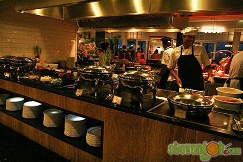 e o hotel new year buffet feasts on penang whats on penang