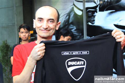 Kaos Ducati Thailand saat ceo ducati cuek buka baju gara gara dso di kemang