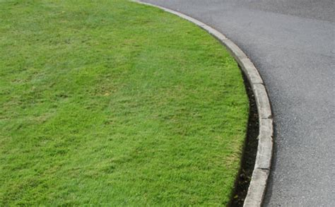 Landscape Edging You Can Mow Lawn Edging Lawnsone