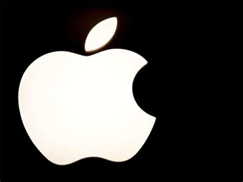 apple to start bigger iphones next month apple india apple to start trial assembly of iphones in