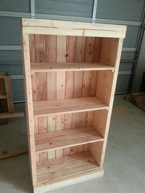 bookcase made from pallets debbie w
