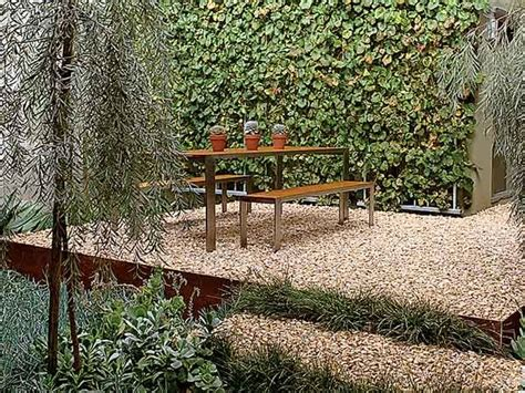 Raised Gravel Patio by 1000 Images About Raised Garden On Gardens