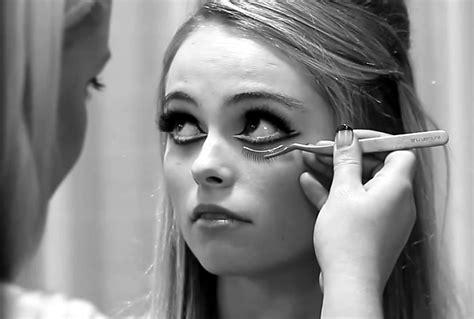Edie Sedgwick Makeup Tutorials   Edie Pink