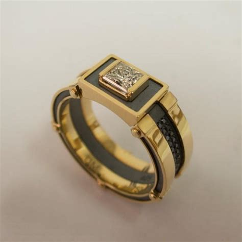 Gold Signet Ring Men S 14k Gold And Diamond Band