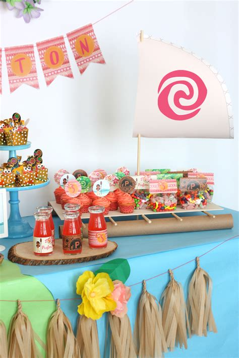 moana boat tropical hawaiian moana birthday party ideas - Moana Boat Decoration