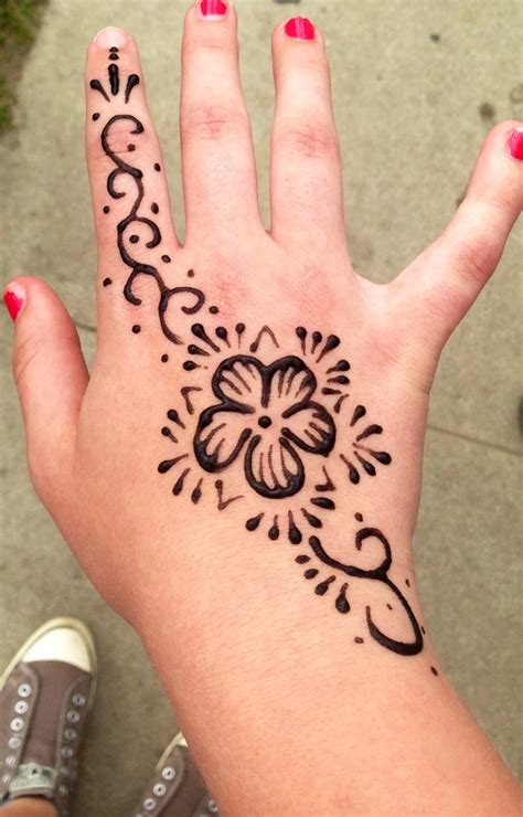 henna tattoos at home best 25 disney henna ideas on disney
