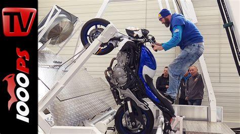 Motorrad Wheelie Lernen by Wheelie Trainer Sturzfrei Wheelies Lernen