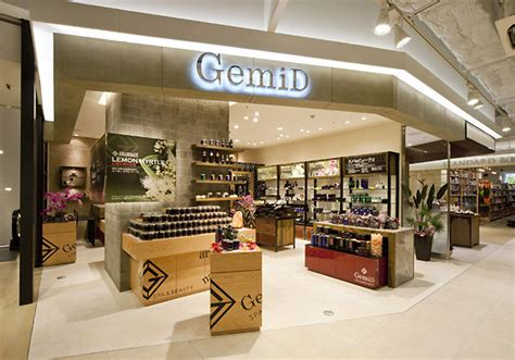 Design Store Gemid Store By Design Office Dress Osaka 187 Retail Design