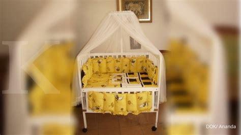 Lu Tidur Bayi menimang nimang laba dari perlengkapan bayi