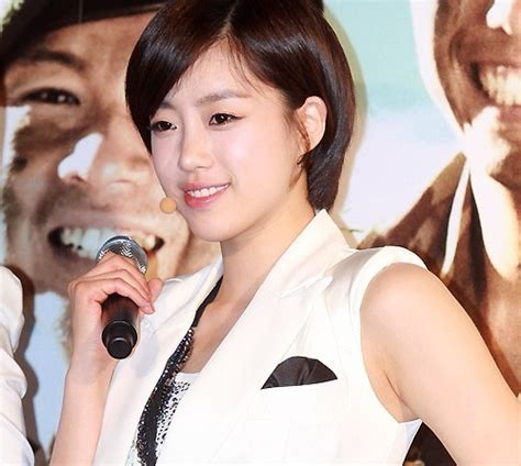 eunjung t ara hair t ara s eun jung shows off her long hair soompi