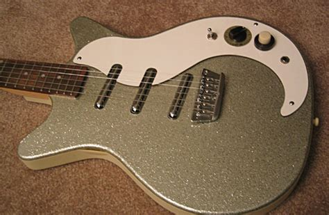 Cheap 3 Gitar Dan Bass Biru danelectro dc3