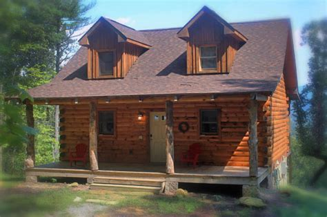 "Lydia Mountain Lodge & Log Cabins   ""Crooked Oak"""