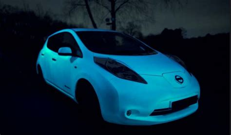 glow in the paint automotive wordlesstech the glow in the nissan s car paint