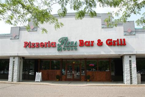 Pizza House East Lansing by Pizza House In East Lansing Mi Coupons To Saveon Food