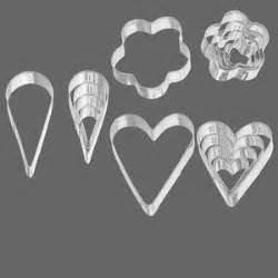 graduated heart shapes shape cutters steel 5 18x18mm 44x37mm graduated hearts