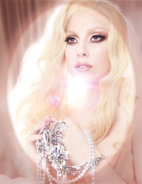 Gagas Mac Viva Glam Debut by Mac Viva Glam Gaga 2 Magimania