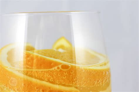 Orange Detox Water by 7 Detox Waters To Burn While You Sit In Your Office