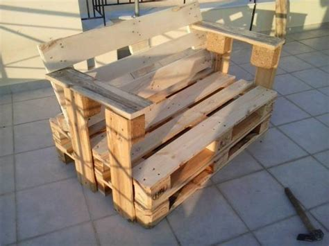 Pallet Chair Plans by Diy Pallet Bench Chair Pallet Furniture Plans