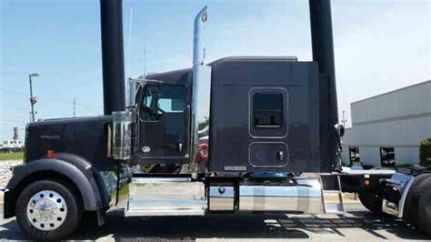 kenworth icon   sleeper semi trucks