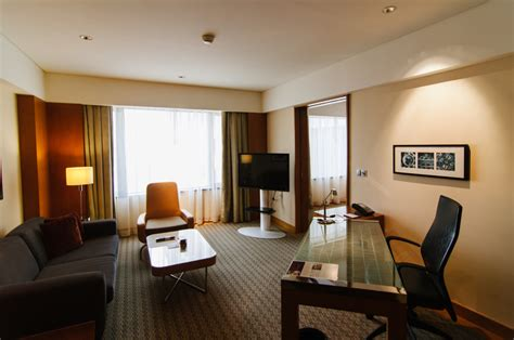 singapore 2 bedroom hotel hotel review grand hyatt singapore the shutterwhale