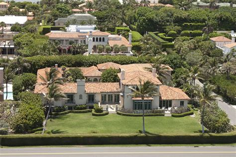 ivana trump s palm beach mansion sold for 16 6 million