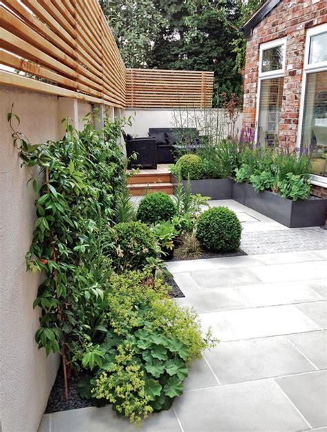 kleine tuinen zonder gras tuininrichting in kleine tuinen inspirerende voorbeelden