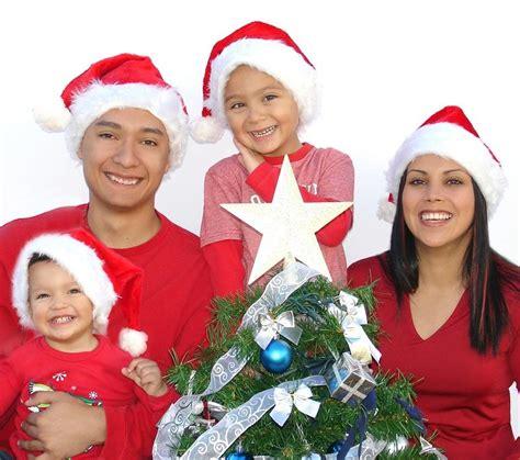 imagenes de navidad familia c 243 mo celebrar la navidad en familia 8 pasos uncomo