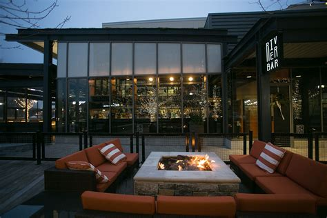 The Fireplace Restaurant Boston by 35 Boston Restaurants With Cozy Fireplaces Boston Magazine