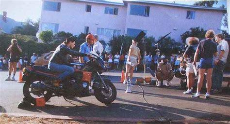 Motorrad Film Top Gun by Imcdb Org Kawasaki Gpz 900 R Dans Quot Top Gun 1986 Quot