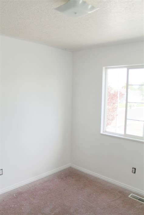 white walls and reader s choice ceiling paint color chris