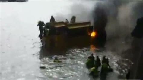 duck boat video reddit fire sweeps boat on london duck tours passengers leap
