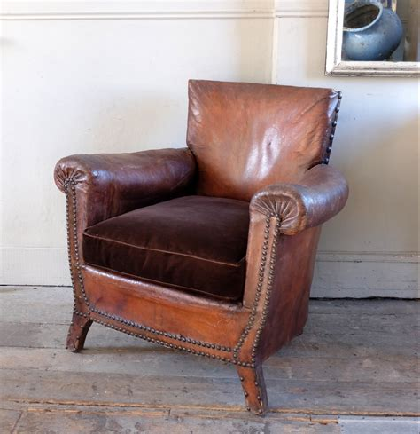swoop armchair antique leather armchair trendfirst
