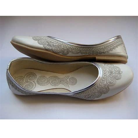 indian flat shoes 247 best mojris punjabi juttis images on
