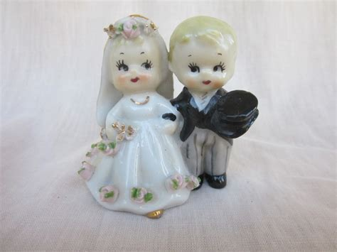 vintage wedding cake toppers uk the sweetest vintage wedding cake topper lefton and groom bell made in japan 19 99 on