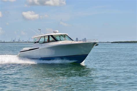 tiara boats q44 2018 tiara q44 power boat for sale www yachtworld