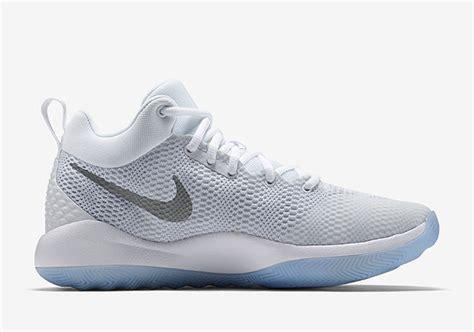 Sepatu Basket Nike Hyperrev 2017 Green Gum nike zoom rev 2017 white black gum colorways sneakerfiles