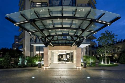 ressort canap 1000 images about grand entrance porte cochere on