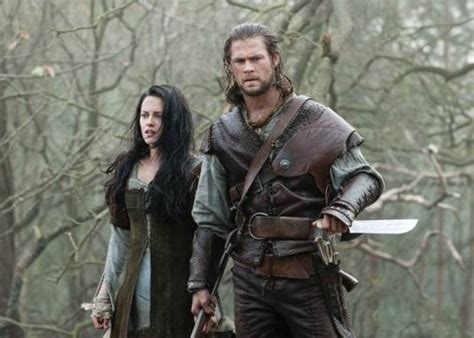 film fantasy medievale guest movie review snow white and the huntsman open