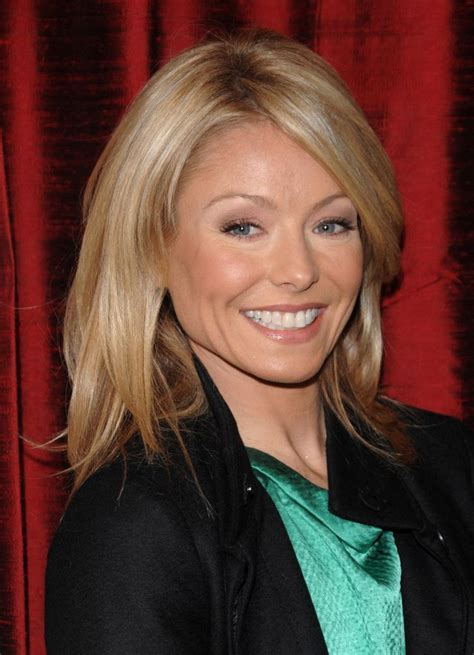 is kelly rippas hair thin kelly ripa kelly ripa wallpapers 84856 beautiful