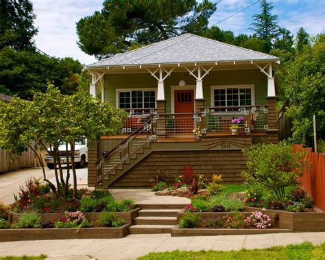 define curb appeal 16 inspiring curb appeal transformations landscaping