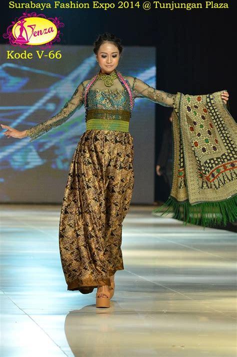 Promo Murah Kebaya Lamaran Tunangan Dan Kebaya Ibu Modern Cantik 17 terbaik gambar tentang venza kebaya fashion show bersama para desainer perias kondang di